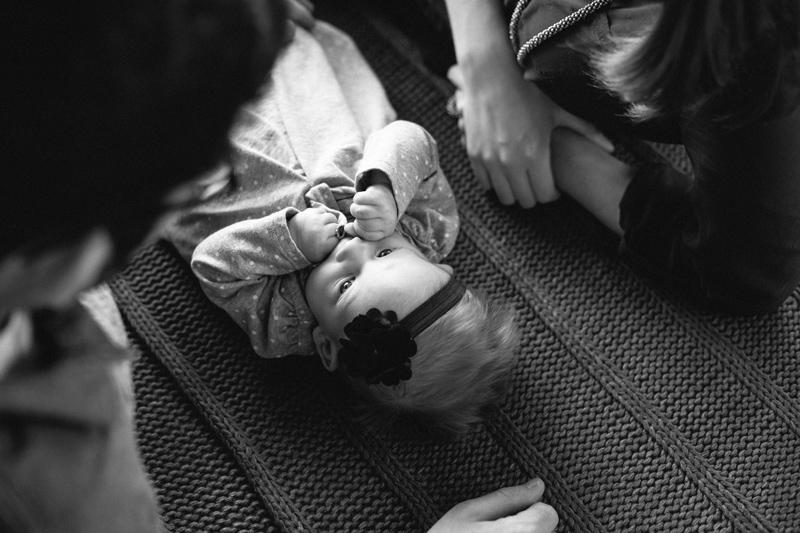 black-white-family-photos-blanket