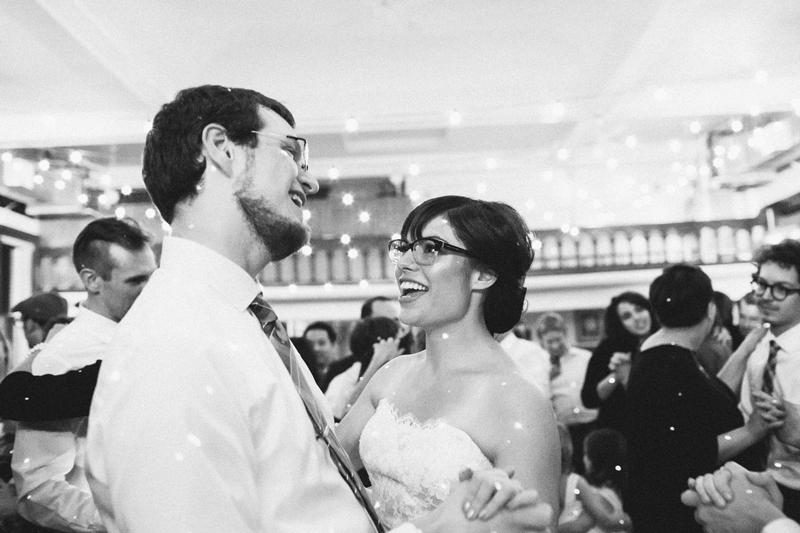 Minneapolis Wedding Photographer | Kendal and Jeff