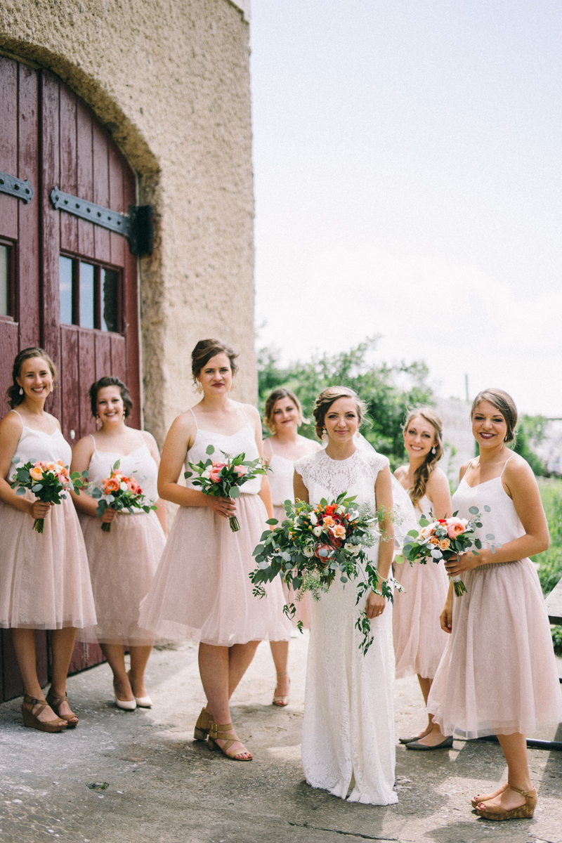 Bridesmaids in front of Minnesota Boat Club