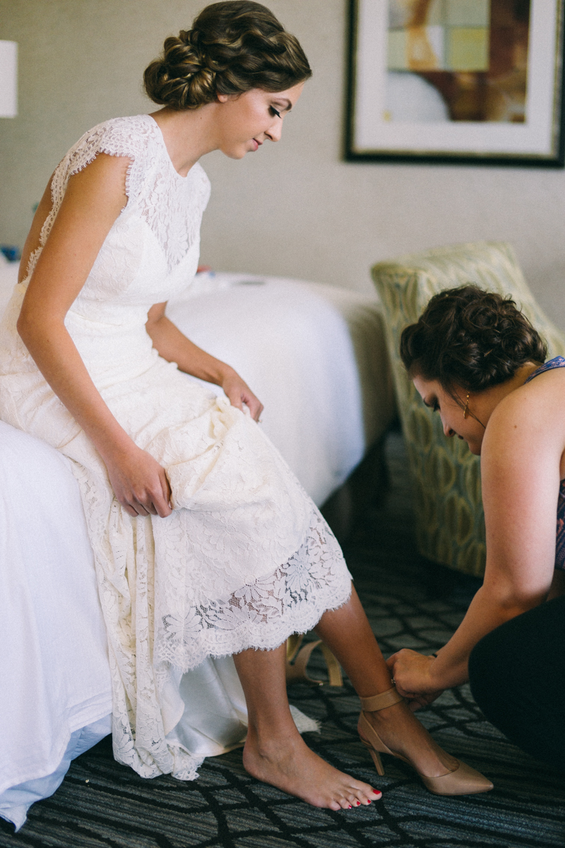 Bride getting ready for her st Paul wedding